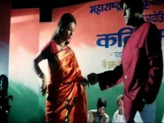 Super Hot Cleavage Exposure B Grade Actress Amrita Dhanoa Indian