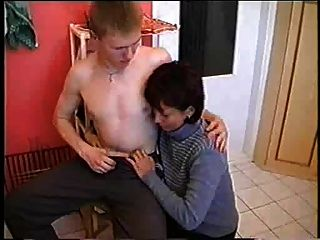 Hot Mother Haveing Sex With Young Boy