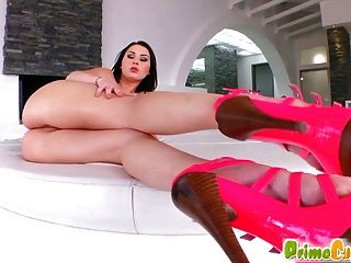 Big Tit Jiggle During Pleasure Session With Antonya