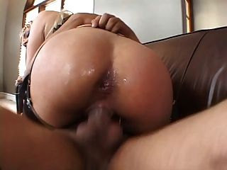 Sexy Beautiful Blonde Gets Fucked Two Dicks