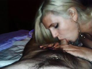 Romanian Hooker Fucked While She Play With My Phone