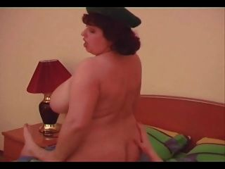 Russian Bbw Mom Gets Fucked.